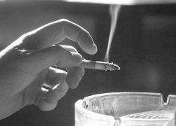 Доказано: пасивното пушене не причинява рак на белия дроб
