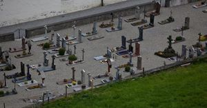 Телата на хора, погребани през последните три десетилетия,  не се разлагат