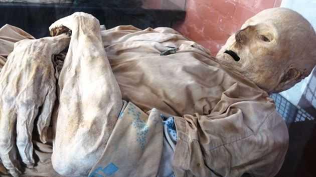 """В Сан Бернардо труповете """"самостоятелно"""" се мумифицират в гробищата"""