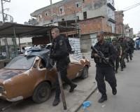 """В Рио де Жанейро """"почистват"""" гетата от престъпници преди световното по футбол"""