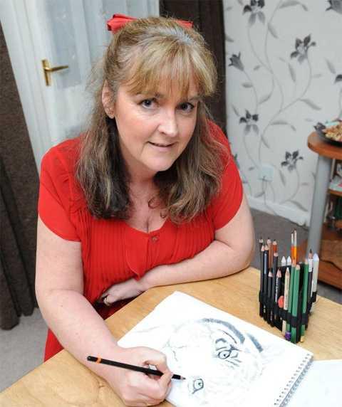 Жена падна  по стълбите и стана художник