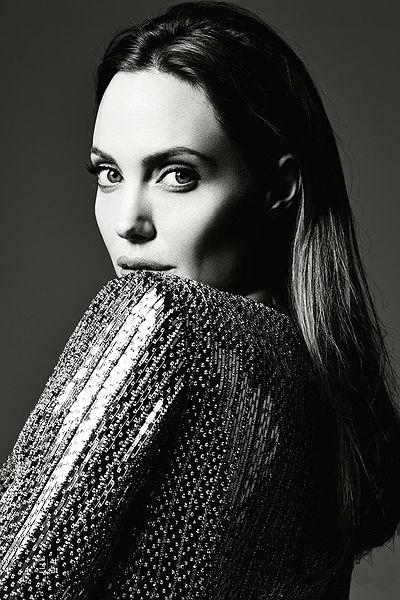 Анджелина Джоли разказа за сватбата си (снимки)