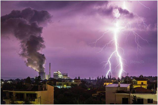 След победата на СИРИЗА  Гърция бе обхваната от мълнии и торнада (видео)