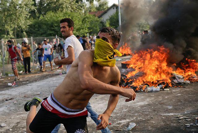 България трябва да се готви за 500 000 бежанци