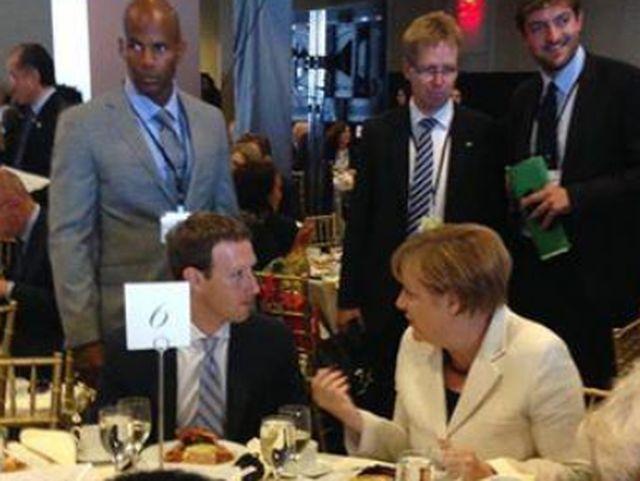 Меркел се оплака на   Зукърбърг от  расизма във Фейсбук