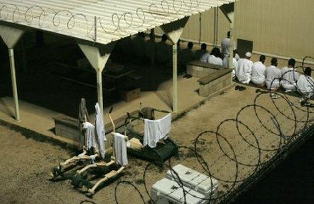 IMB : Насилствено ислямизират затворниците във Великобритания