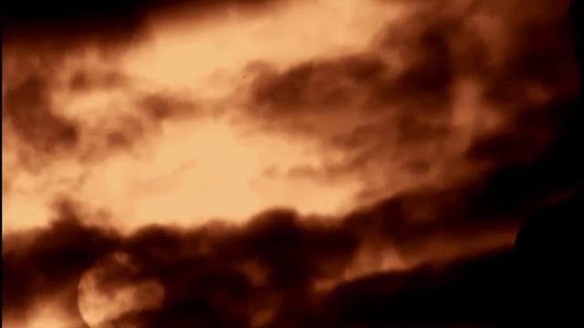 Гигантски обект следва Слънцето.  Отново Планетата X? (видео)