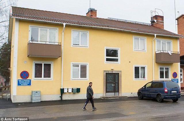 Шведско село обяви истинска война на  мигрантите