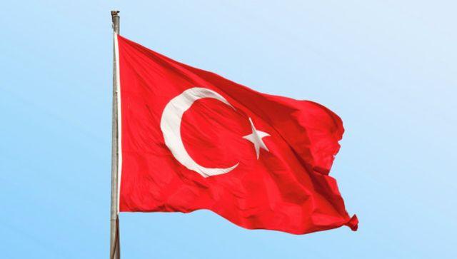 Турция арестува светски настроени  хора и се ислямизира ден след ден