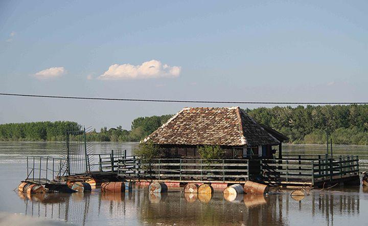 Резонанс на  вълните на Росби е  причината за катастрофалните наводнения на Балканите