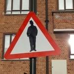 """В Лондон се появи пътен знак """"Внимание, евреи"""""""