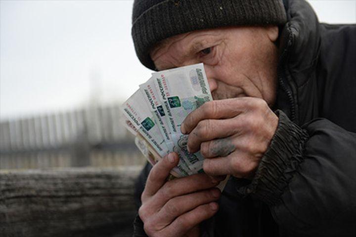 """Русия: За """"нормален живот"""" на тричленно семейство му трябват  84 хиляди рубли"""