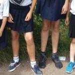 Честито! В английско училище въвеждат полички за момчетата
