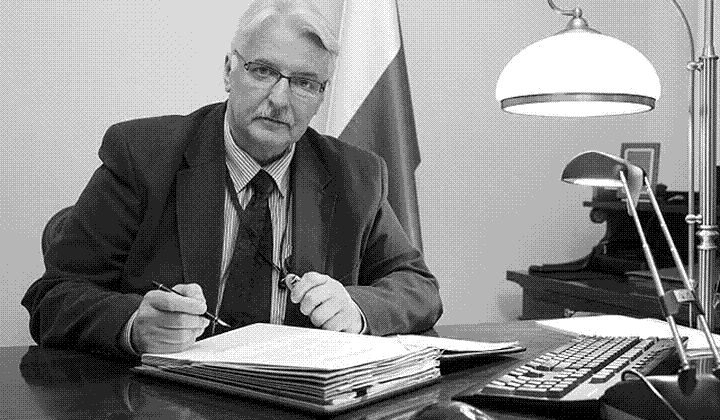 Полският външен министър Ващиковский: Съветският съюз допринесе за началото на Втората световна война