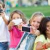 Франция ще забрани употребата на мобилни телефони в училищата