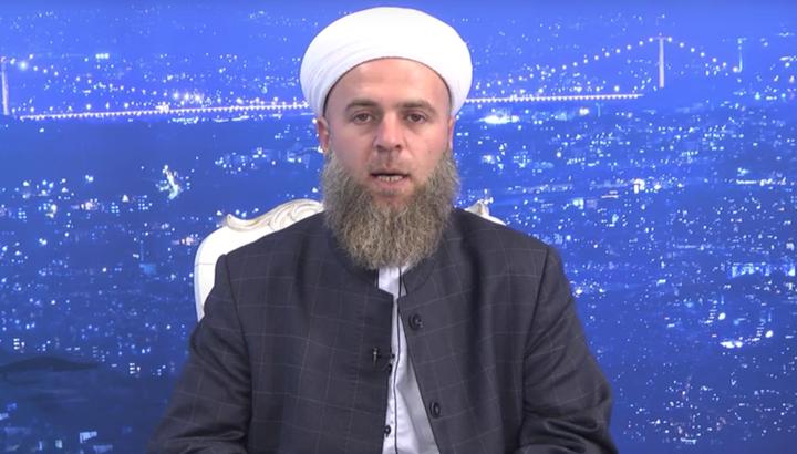 Турски проповедник: Мъжете без брада предизвикват неприлични мисли